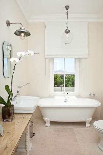 Room-12-Milk-Room-Bathroom-510px-100kb-2col-2x3