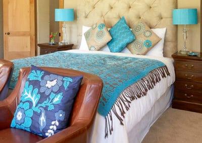 manor-house-classic-Beidge-Room-3-510px-100kb-2col-2x3