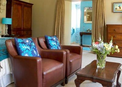 manor-house-classic-Beidge-Room1-510px-100kb-2col-1x1